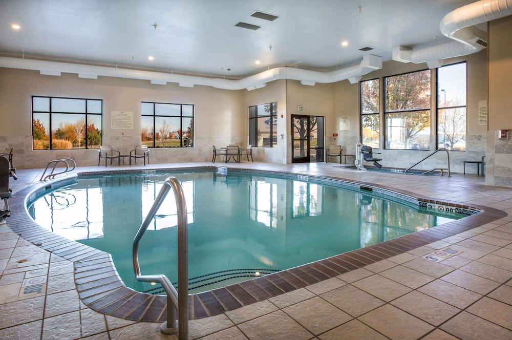 Pool, Hampton Inn & Suites Boise/Nampa at the Idaho Center, ID