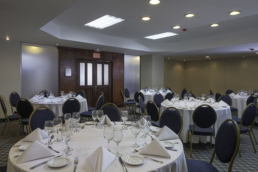 Banquet Hall, Radisson Hotel Santo Domingo
