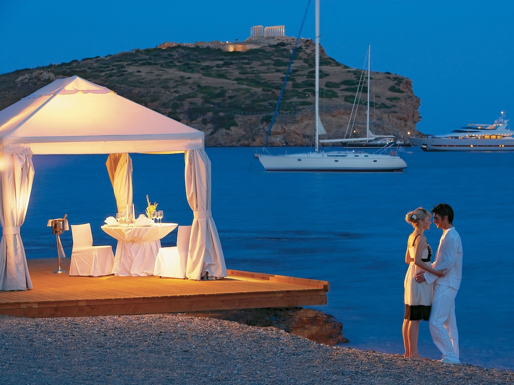 Couples Dining, Cape Sounio, Grecotel Exclusive Resort