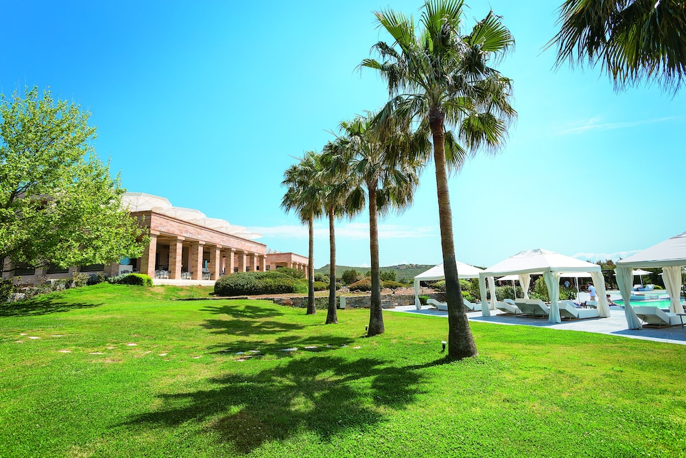 Property Grounds, Cape Sounio, Grecotel Exclusive Resort