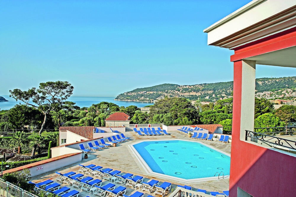 Villefranche Hotels With Pool