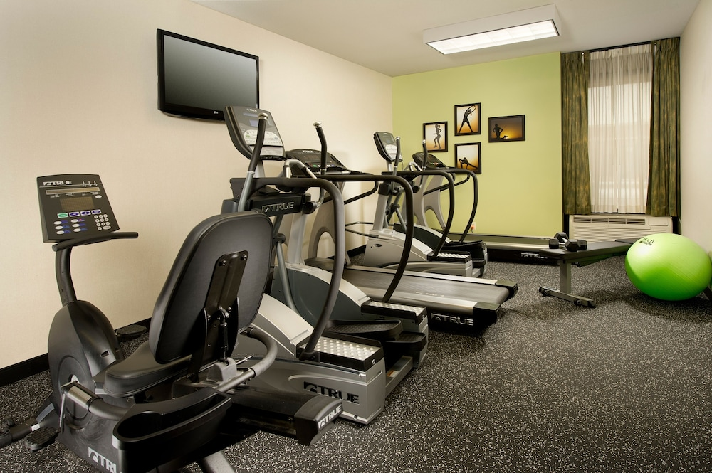 Gym, Drury Inn & Suites Southwest St. Louis