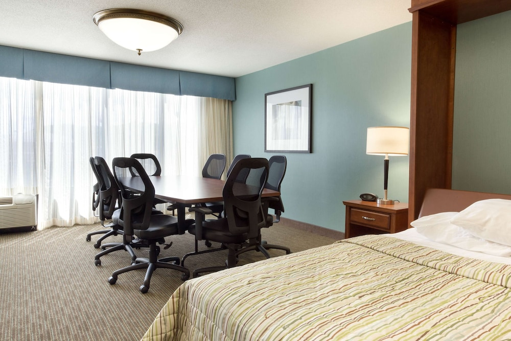 Meeting Facility, Drury Inn & Suites Southwest St. Louis
