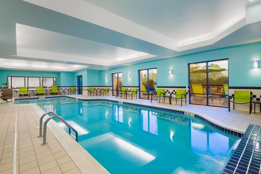 Indoor Pool, SpringHill Suites by Marriott Cleveland/Solon