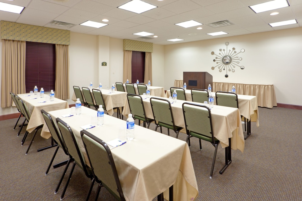 Meeting Facility, Holiday Inn Express Newton Falls