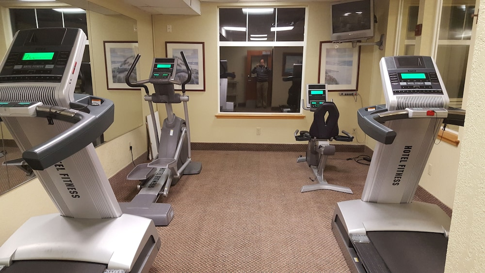 Fitness Facility, Oceanfront Lodge