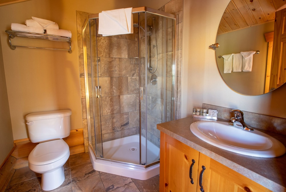Bathroom, Pocahontas Cabins