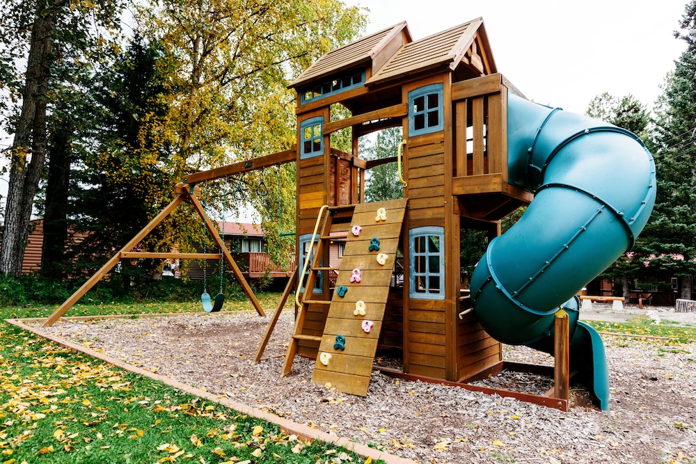 Children's Play Area - Outdoor, Pocahontas Cabins