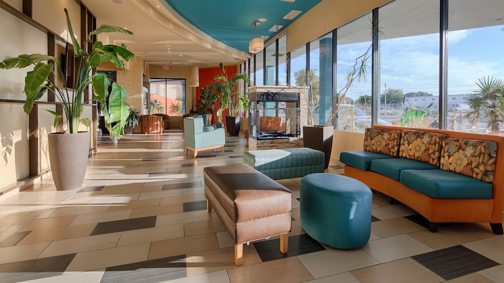 Lobby, Best Western Plus Sandcastle Beachfront Hotel