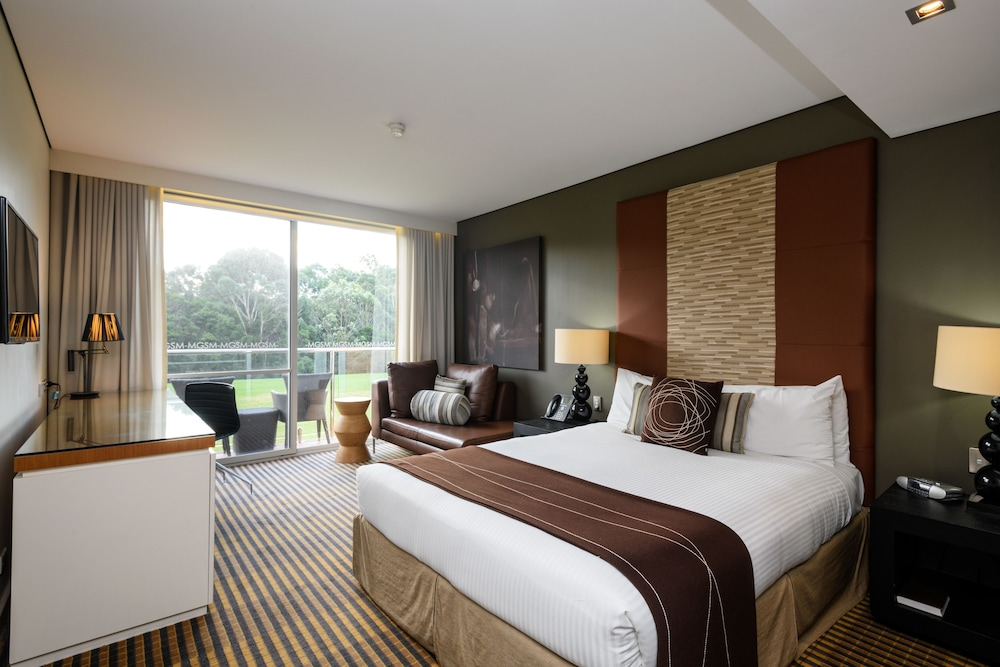 Room, MGSM Executive Hotel & Conference Centre