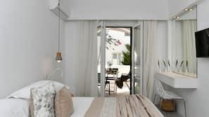Premium bedding, Select Comfort beds, in-room safe