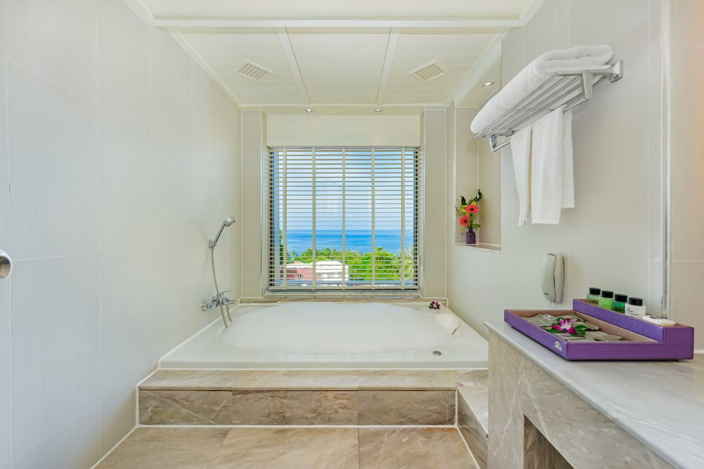 Jetted Tub, Diamond Cliff Resort and Spa