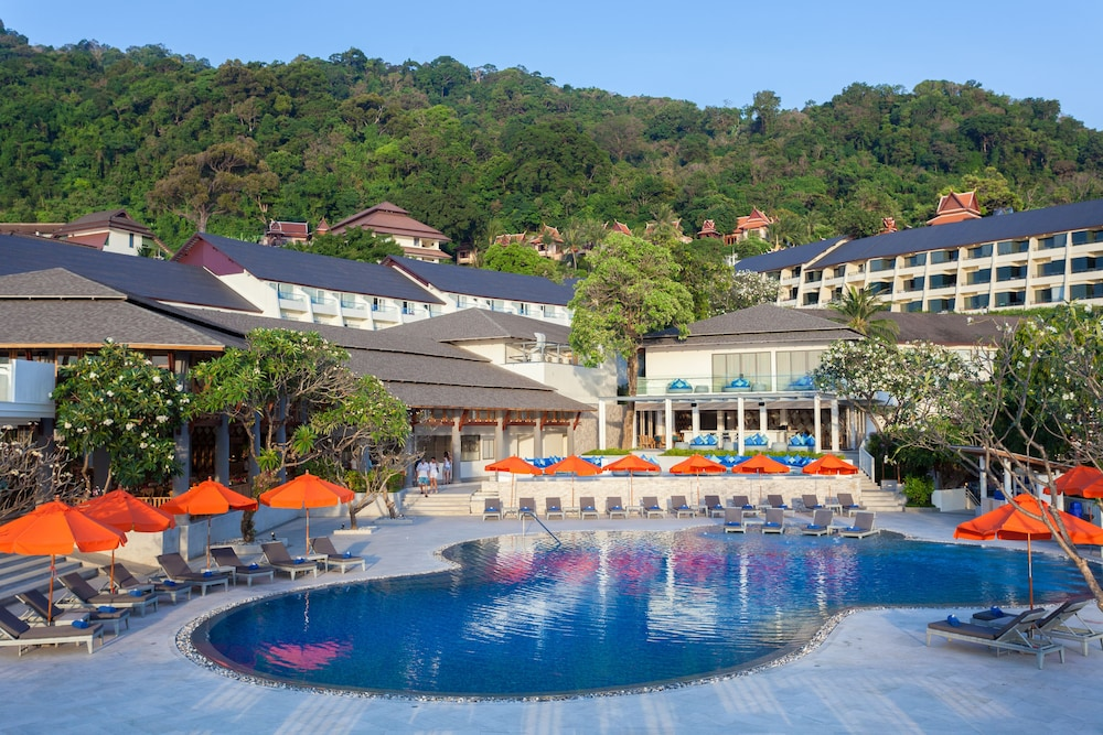 Outdoor Pool, Diamond Cliff Resort and Spa