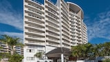 Broadbeach Savannah Hotel & Resort - Broadbeach Hotels