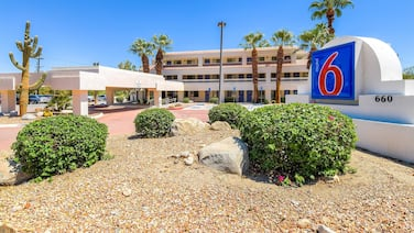 Motel 6 Palm Springs, CA - Downtown