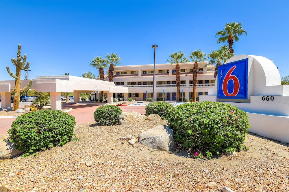 Motel 6 Palm Springs Downtown in Palm Springs, CA | Expedia