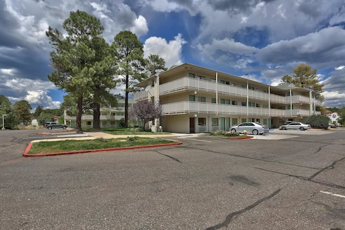 Motel 6 Flagstaff, AZ - West - Woodland Village
