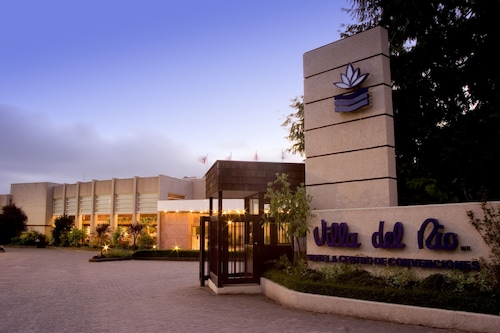 호텔 마리나 빌라 델 리오