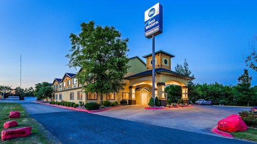 Check Expedia for Availability of Best Western Parsons Inn