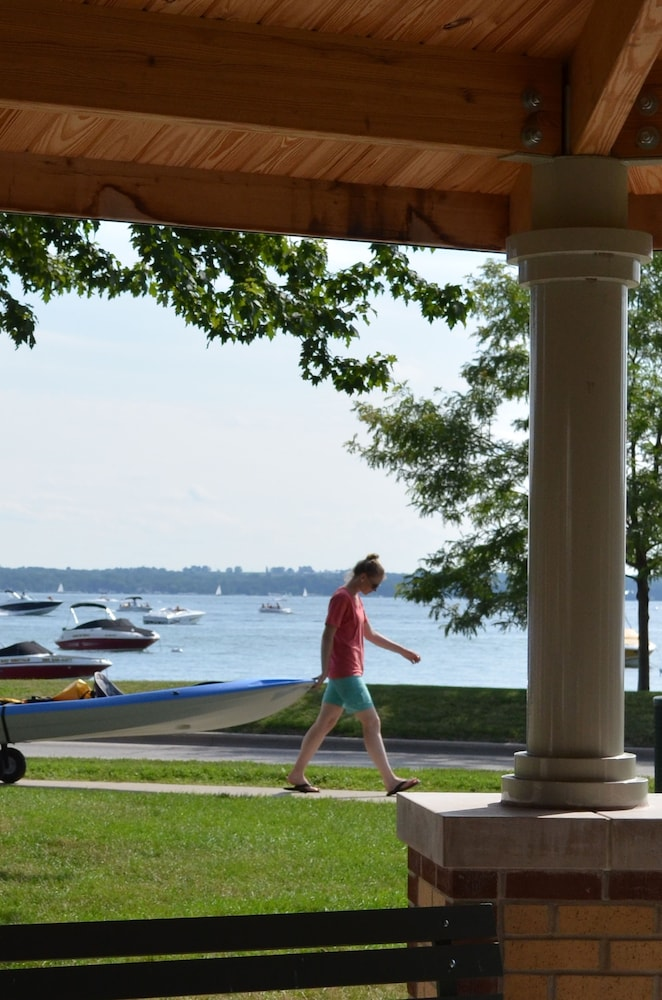 The Cove Of Lake Geneva in Lake Geneva, WI | Expedia