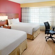 Courtyard by Marriott Houston West University