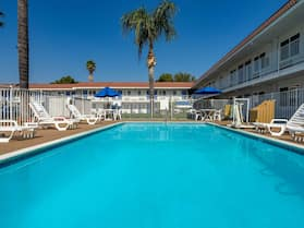 Motel 6 Sepulveda, CA - Los Angeles - Van Nuys - North Hills