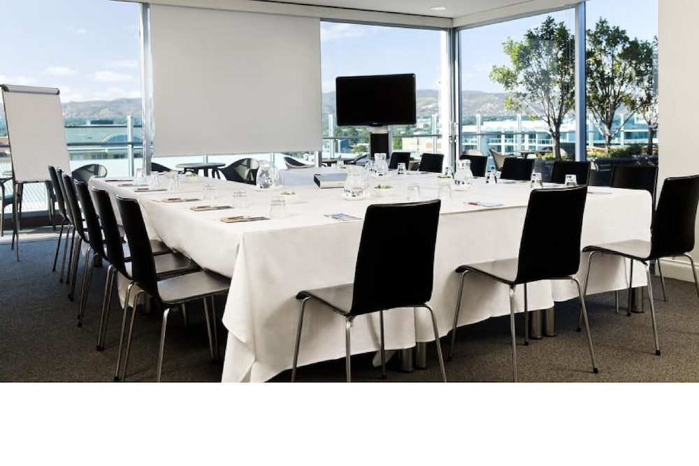 Meeting Facility, Majestic Roof Garden Hotel