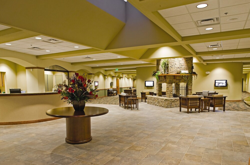 Lobby, Club Wyndham Resort at Fairfield Glade