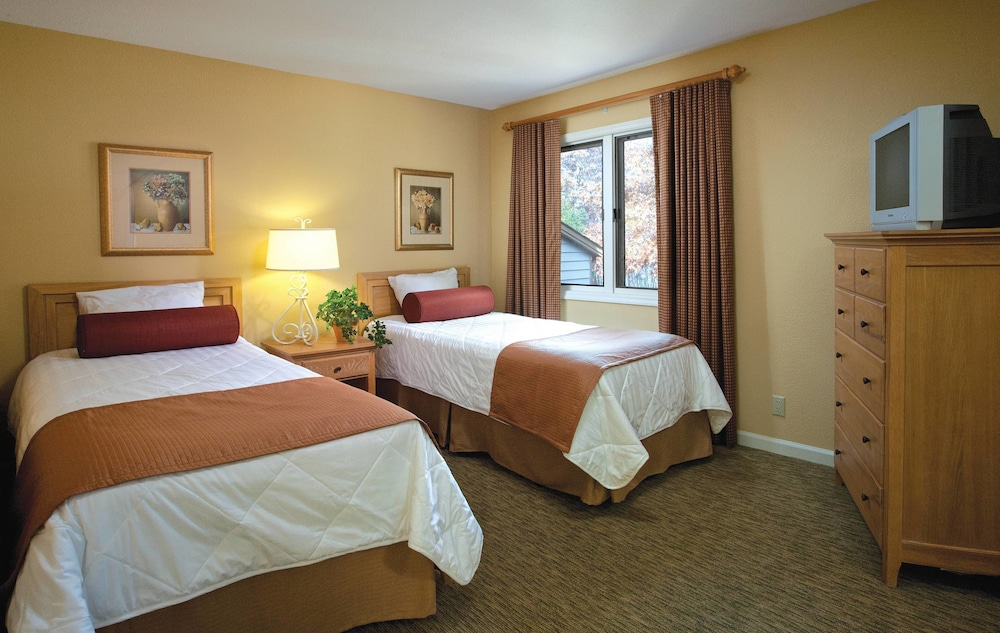 Room, Club Wyndham Resort at Fairfield Glade