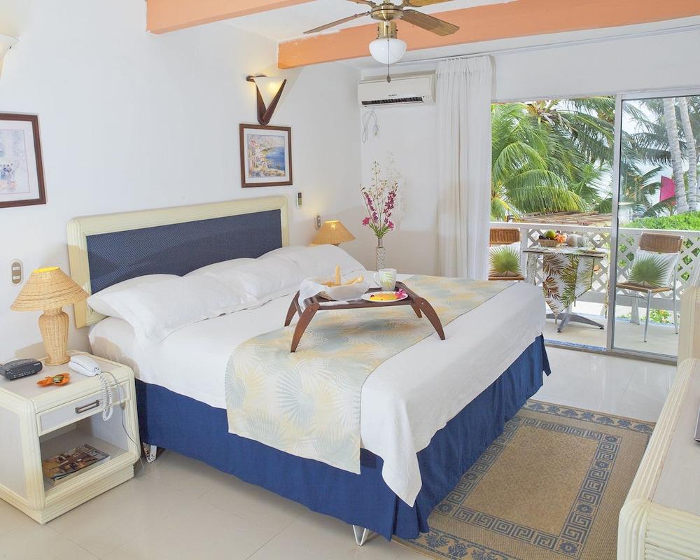 Cocoplum Beach Hotel: 2018 Room Prices $118, Deals & Reviews | Expedia