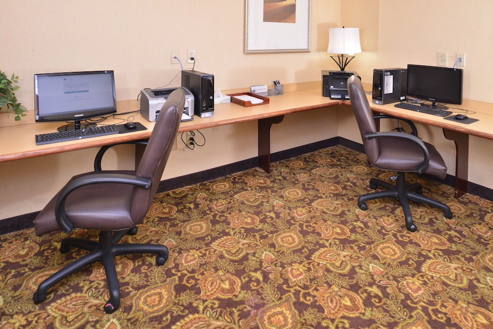 Business Center, Country Inn & Suites by Radisson, Stone Mountain, GA