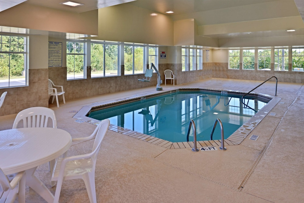 Indoor Pool, Country Inn & Suites by Radisson, Stone Mountain, GA