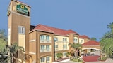 La Quinta Inn & Suites Brownsville North - Brownsville Hotels