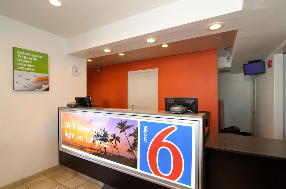 Lobby, Motel 6 North Palm Springs, CA - North