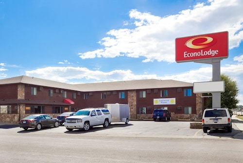 Check Expedia for Availability of Econo Lodge Custer
