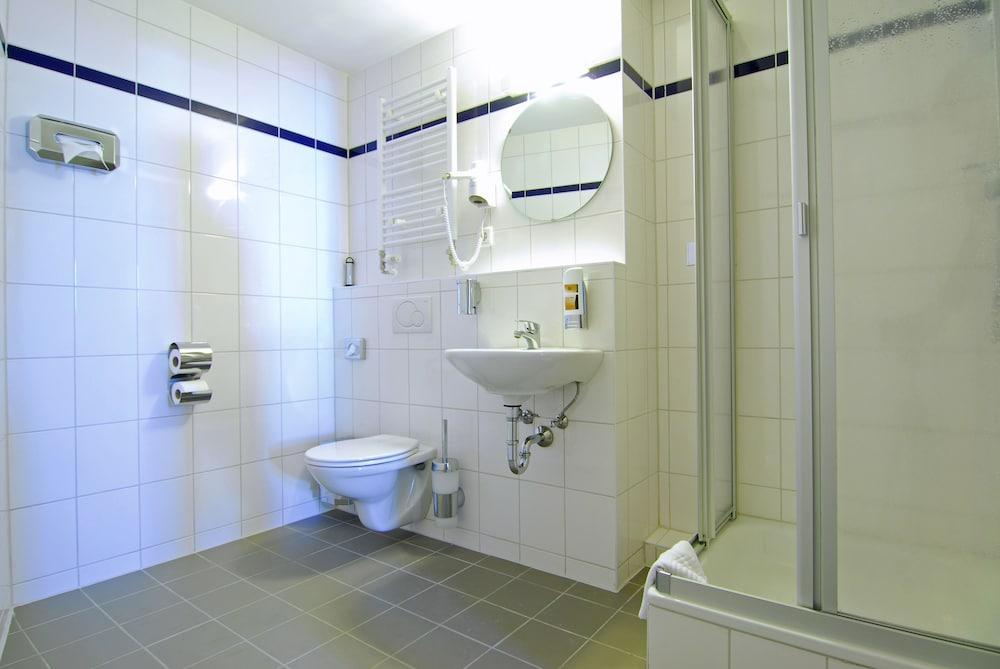 a o berlin friedrichshain berlin hotelbewertungen 2018. Black Bedroom Furniture Sets. Home Design Ideas