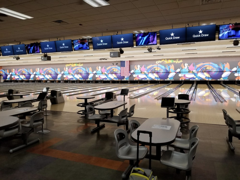 Bowling, Don Laughlin's Riverside Resort Hotel & Casino