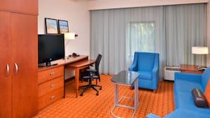 Sengetøy av topp kvalitet, safe på rommet og skrivebord