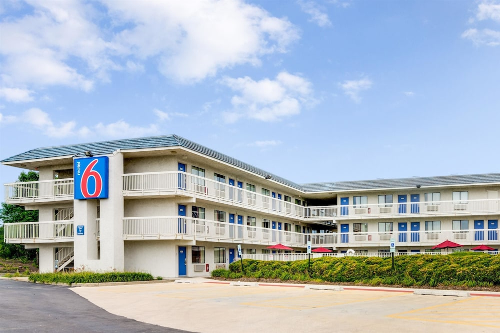 Motel 6 chicago nw rolling meadows reviews photos for Motels in chicago