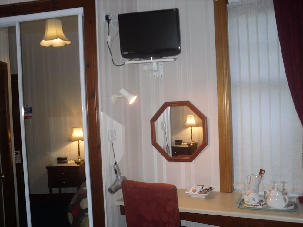 Room Amenity, Acer Lodge Guest House