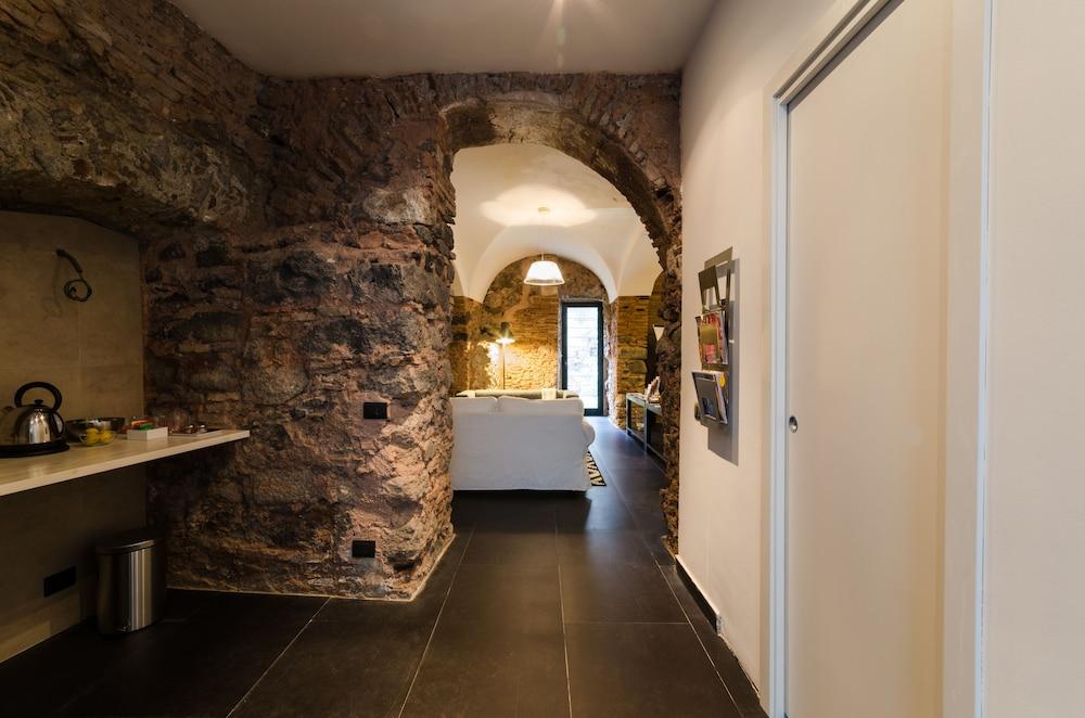 Habitat Home (Catania) – 2019 Hotel Prices | Expedia co uk