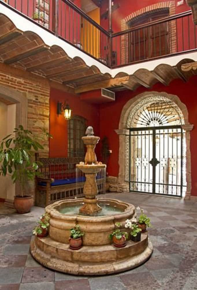 Interior Entrance, La Casona Hotel Boutique
