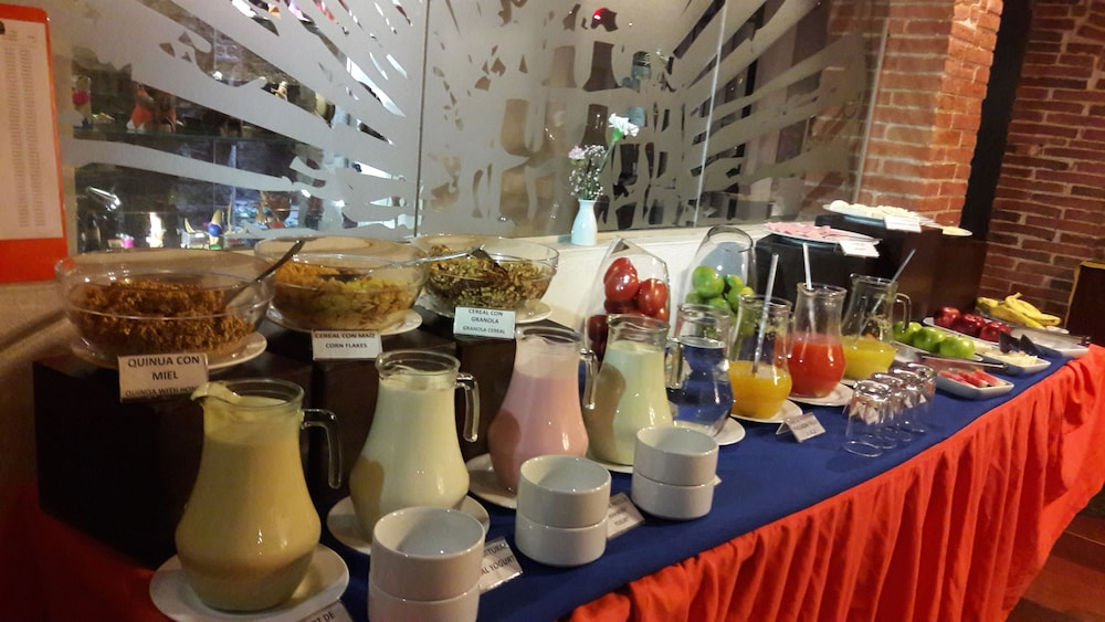 Breakfast buffet, La Casona Hotel Boutique