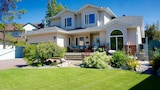 VANGORDA PLACE BED & BREAKFAST - Whitehorse Hotels