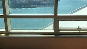遮光窗帘、隔音、熨斗/熨板、免费 WiFi