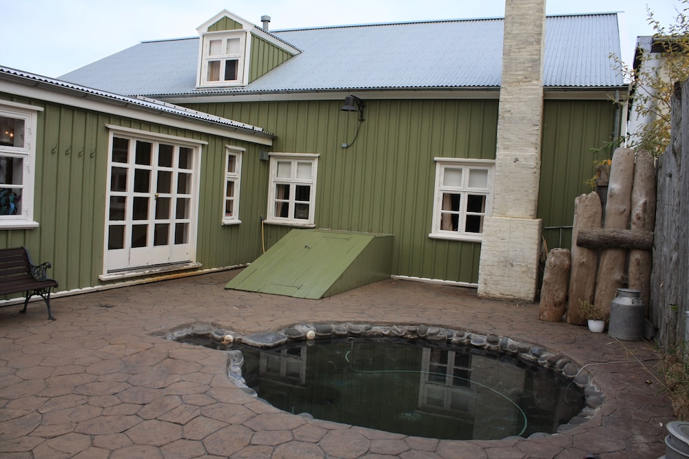 Outdoor Spa Tub, Hotel Tindastóll and Annex