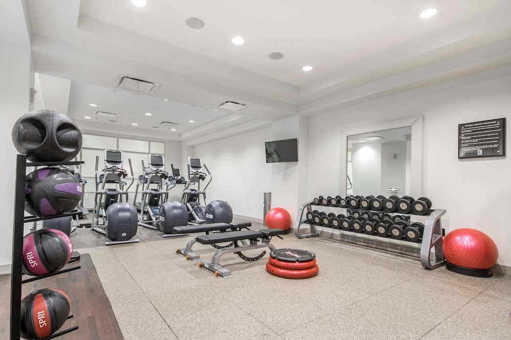 Fitness Facility, Embassy Suites Louisville Downtown