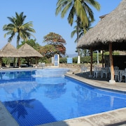 Villa del Palmar Manzanillo with Beach Club