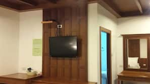 Zimmersafe, individuell dekoriert, Verdunkelungsvorhänge