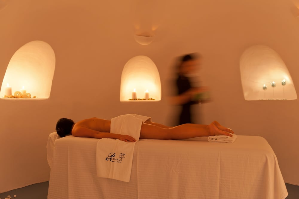 Massage, Pegasus Suites & Spa